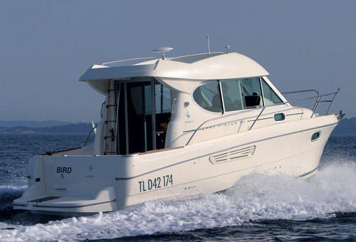 General information: Yacht ID. 91. Model: Beneteau Antares 8. Produced: